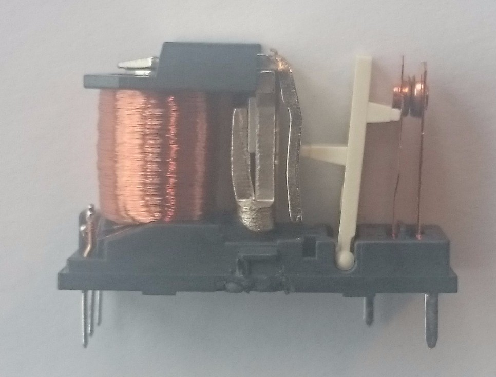 Bistable Relay