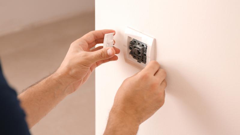 A truly smart light switch